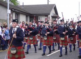 Station pipe band